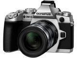 Olympus OM-D E-M1 srebrny + ob. 12-50