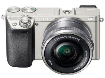 Sony A6000 (ILCE6000) + ob. 16-50 srebrny
