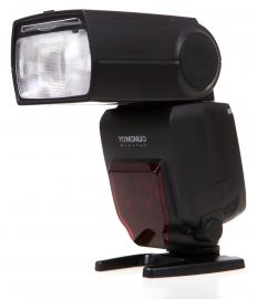 Yongnuo YN-685 (stopka Nikon)