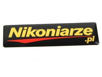 Nikoniarze.pl - naklejka 3D z logo