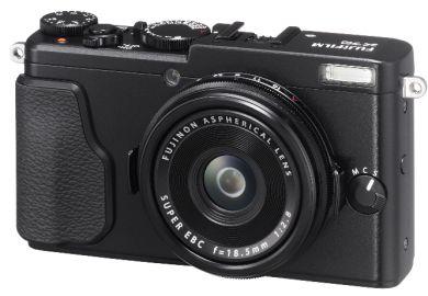 FujiFilm X70 czarny+ karta Sandisk 16 GB 80MB/s GRATIS