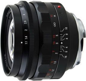 Voigtlander NOKTON 50 mm f/1.1 / Leica M