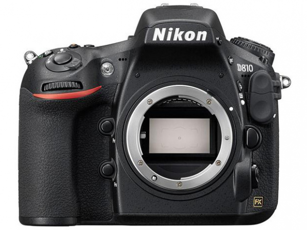 Lustrzanka Nikon D810 body + karta Sandisk 32 GB 80MB/s GRATIS